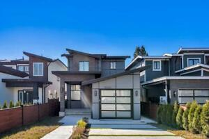 15450 RUSSELL AVENUE White Rock, British Columbia