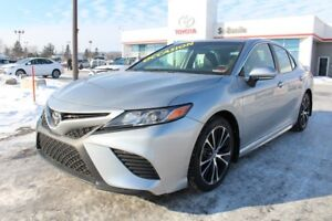 2018 Toyota Camry SE AMELIORE CUIR TOIT SIEGES CHAUFFANTS CAM RE