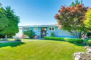 812 JACKSON CRESCENT New Westminster, British Columbia