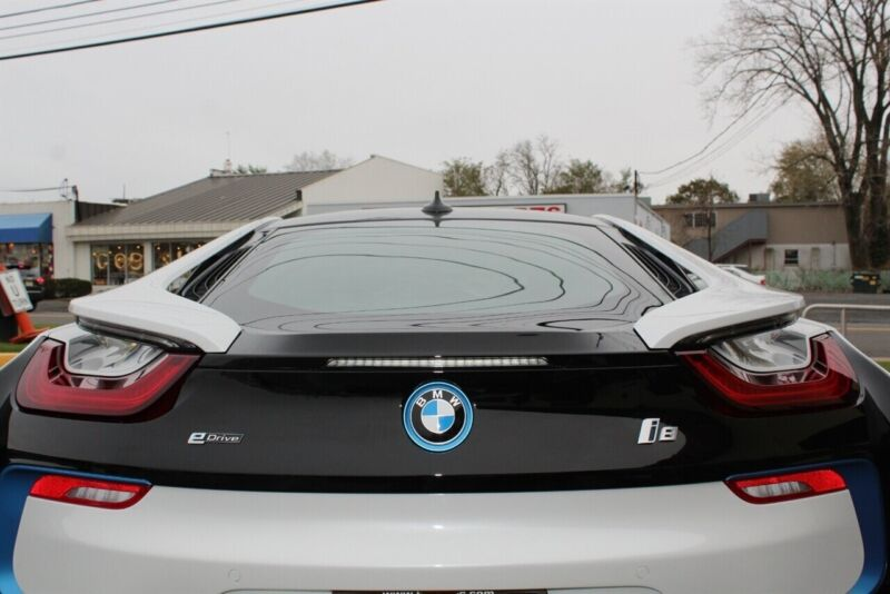Image 7 Voiture American used BMW i8 2014