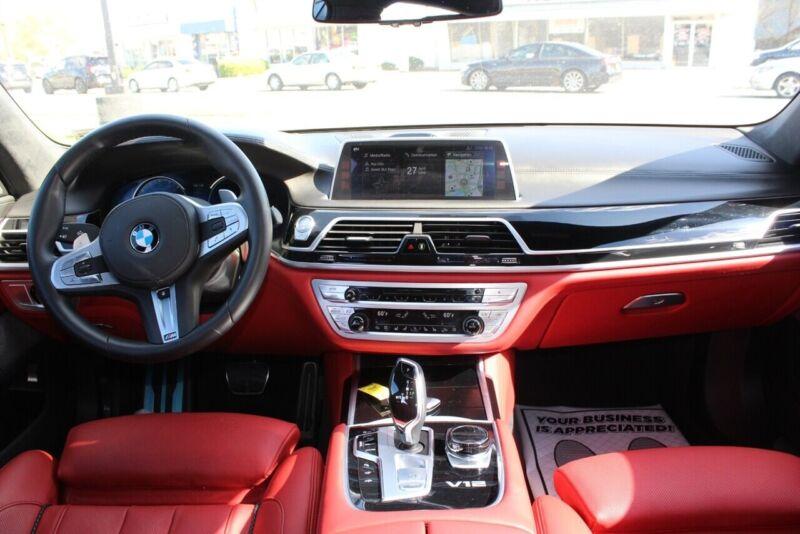 Image 10 Voiture Européenne d'occasion BMW 7-Series 2018