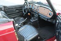 Miniature 11 Coche Americano de época Triumph TR-6 1976