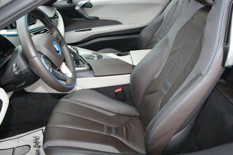 Image 13 Voiture American used BMW i8 2014
