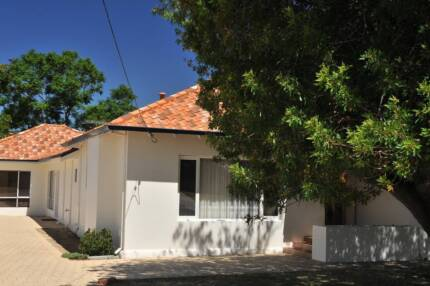 2 rooms 5 minutes walk to Curtin Uni for Rent