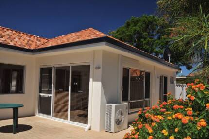 An executive double bedroom 5 minutes walk to Curtin Uni to rent