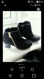 Girls black ankle boots River island