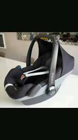 Maxi cosi pebble car seat with extras