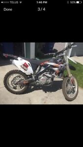 2 Dirt bikes for sale $2000