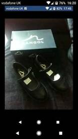 Brandnew school shoes size 3