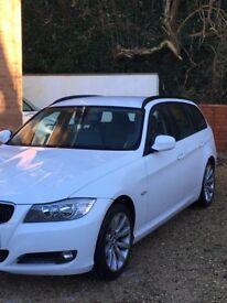 White BMW 3 series estate **£30 tax**
