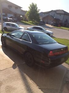 01 accord ex part out  Windsor Region Ontario image 1