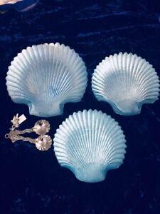 Set of 3 glass sea blue seashell serving trays