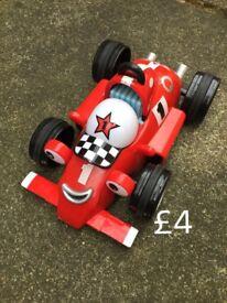 Noises race car