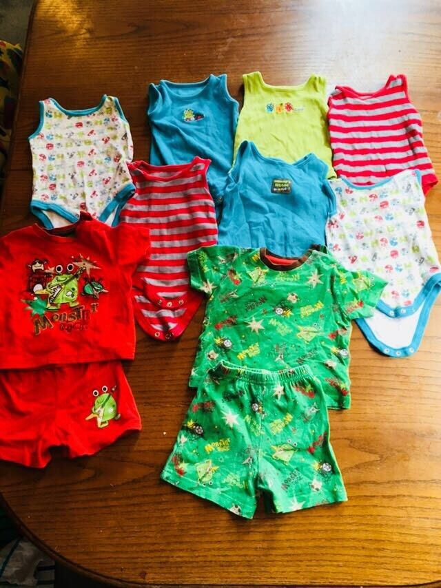 f492cb549a3f 3 - 6 months boys summer vests and pyjamas