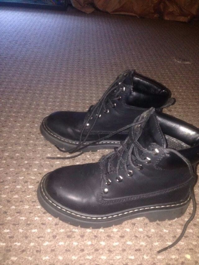 Womens Boots Size 4in Norwich, NorfolkGumtree - Womens Boots Size 4. Brought brand new for £25, have only been worn once, in good condition, asking for £10