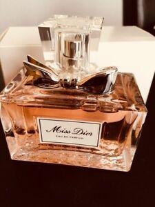Miss Dior eau de parfum 100ml ( valeur 165$) pour 120$