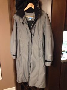 Columbia Ladies Small Omni brand new
