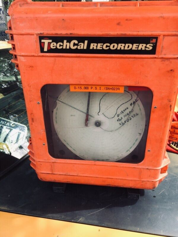 "TECH CAL RECORDER TC8-2P, 8"" CHART, 2 PEN"