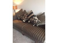 Black and gold 4 & 2 seater settee's FIVE WEEKS OLD , sofology I AM OPEN TO OFFERS ⭐️⭐️