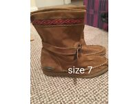 Superdry Size 7