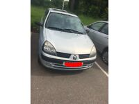 Renault Clio 1.2 Petrol breaking - bumpers/wings/bonnet/lights/panels/boot etc can deliver