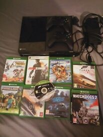 Xbox one 500g with 2 controllers and 9 games