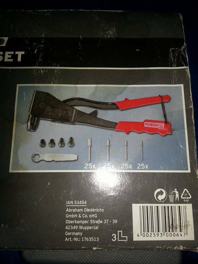 POWERFIX HAND RIVETER SET & A DIY AT HOME FLEXIDRIVE SCREWDRIVER SET