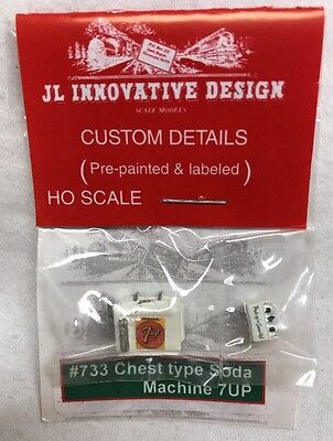 JL Innovative Design HO #733 Chest Type Soda Machine 7up Light Cast Metal