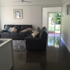 PRIVATE/QUIET/MODERN 2br 1 bth unit under Qld'er in Earlville. Earlville Cairns City Preview