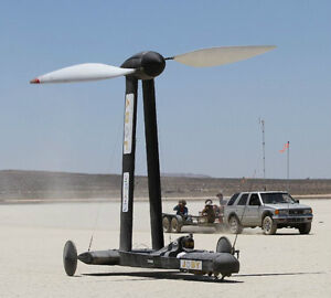 Blackbird-Faster-Than-The-Wind-vehicle