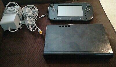 Nintendo Wii U Deluxe 32GB Black Console - Mario Kart 8 installed