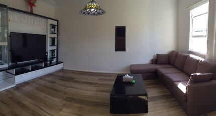 Near seven hills and toongabbie train station room for rent
