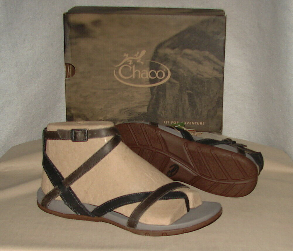 CHACO JUNIPER LEATHER ANKLE STRAP SANDALS  Women's 10
