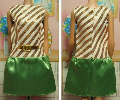 Barbie Dressed-Up! Fashion Paks Fashion Queen Green