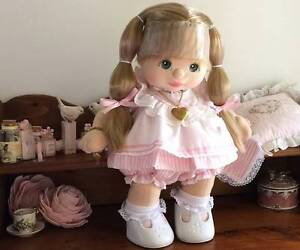 MY CHILD DOLL COLLECTION 14 DOLLS) ALL IN MINT COND FULL DRESSED. Wadalba Wyong Area Preview