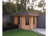 Corner cabin 2.6mx2.6m /28mm free shingle tiles. In stock.