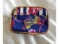 Oilily cosmetic bag
