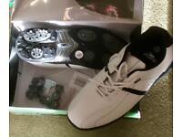 Men's size 9 golf shoes - white