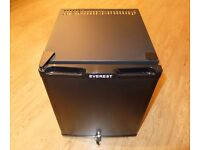 Everest - Black Silent Lockable Mini Bar 35L 35 Litre Capacity Table Top Fridge - £80 ONO