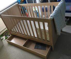 Mamas & Papas Cotbed, Mattress, Storage Draw & Extras!!!