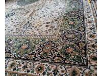 Large Pure Wool Rug 12' x 9'.