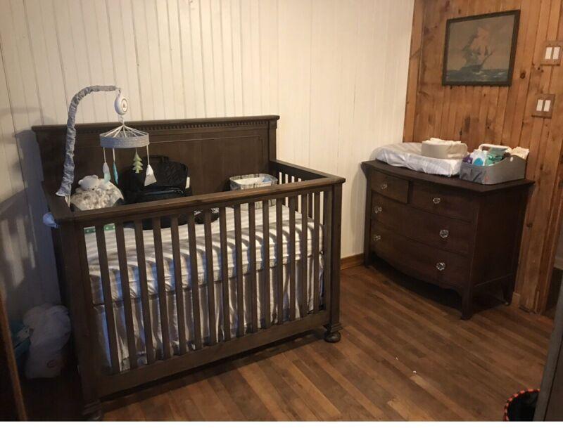 Restoration Hardware Jameson Conversion Crib Antiqued Coffee Finish Baby Toddler