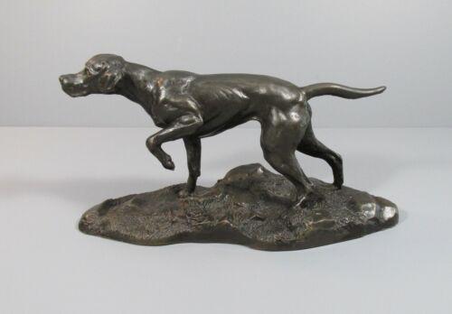 """Heredities Bronze-Look """"Hunting Dog"""" Figure"""