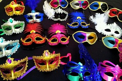 Mardi Gras Masquerade Wholesale Lot Bulk Sale Party Favor - 25 MASKS New Year's](Masquerade Masks Red)