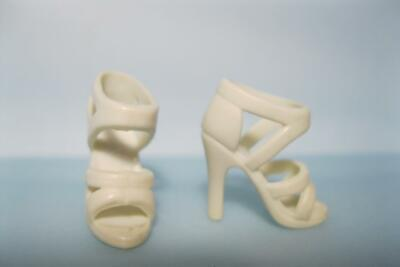 Barbie Doll Fashionistas/Model Muse WHITE Strappy Dress-up OT HEEL Sandals Shoes