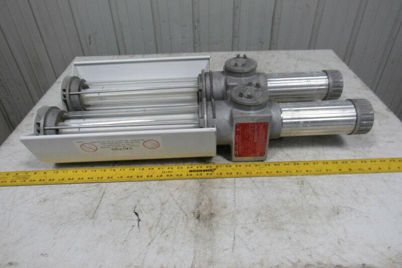 Crouse Hinds EVFT24370 Illuminator Fluorescent Twin Tube Explosion Proof Light