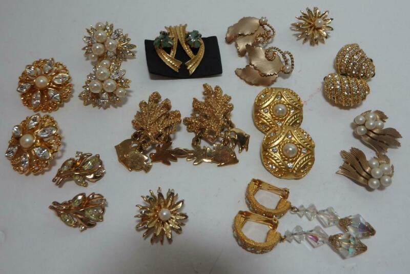 Vintage Lot Rhinestone Faux Pearl Dangle Gold Tone Earrings Jewelry  Trifari (D)