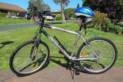 "DUNLOP MANS 26"" MOUNTAIN BIKE & HELMET. RABY 2566 PICKUP ONLY Raby Campbelltown Area Preview"