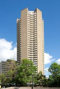 CENTRAL DOWNTOWN Location: Ideal for Working Professionals! Edmonton Edmonton Area image 14