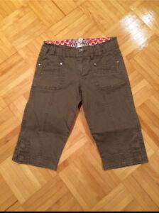 Greyish Brown Capri Pants